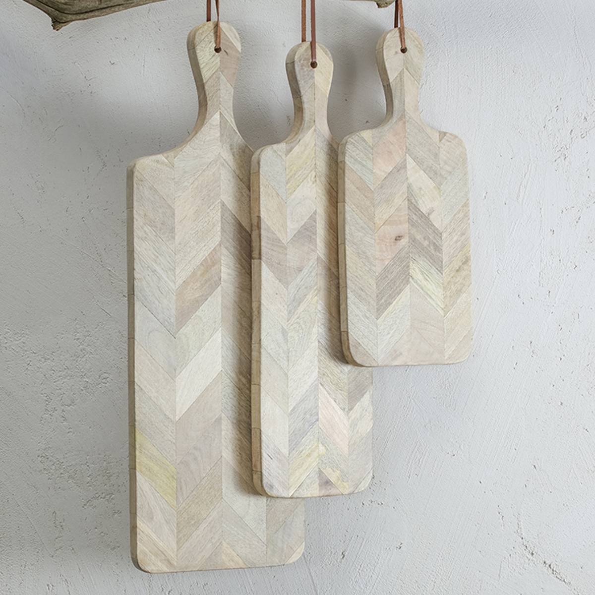 mango-wood-chopping-boards-nkuku