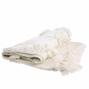 tts1011_eg white fringe throw